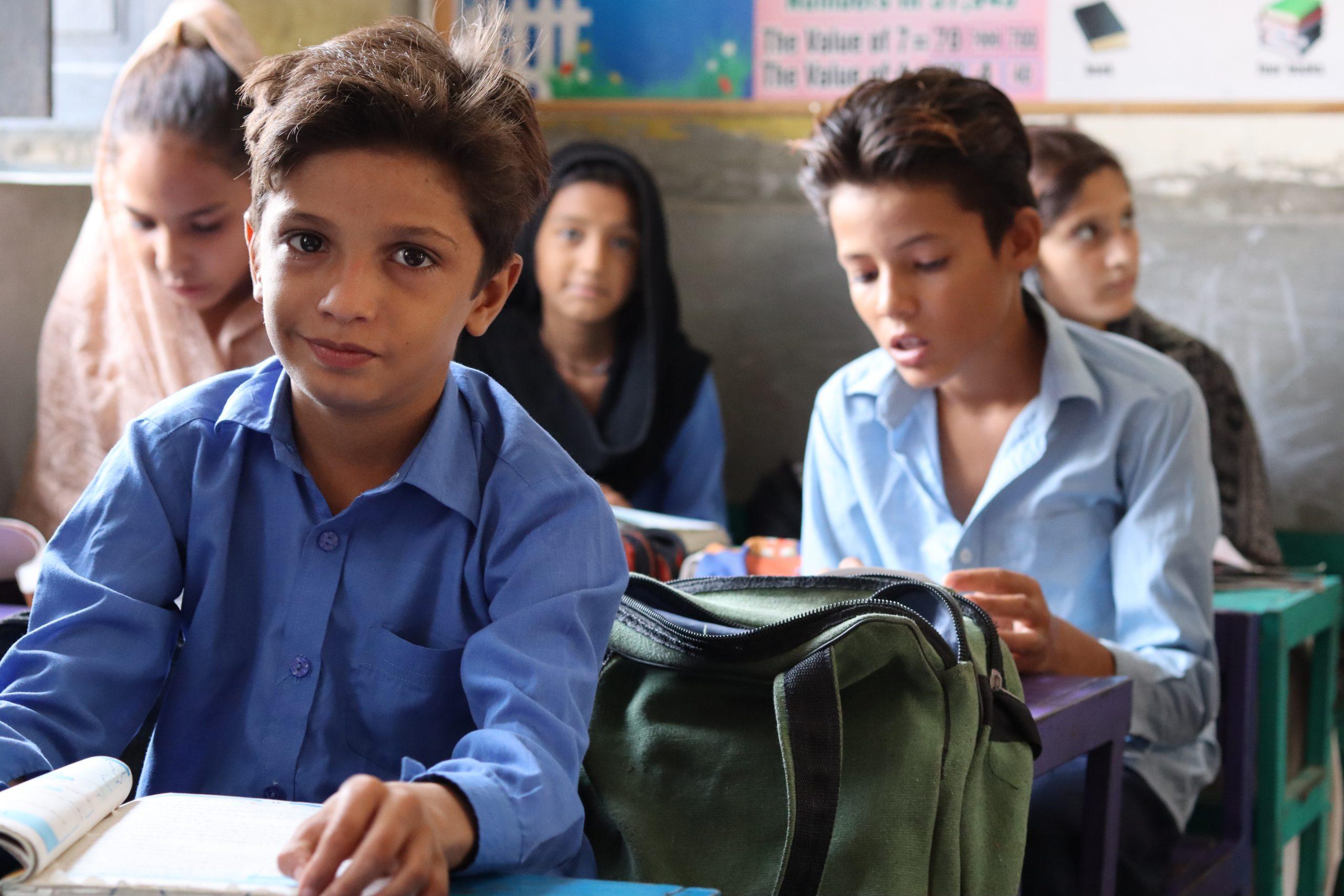 گورنمنٹ  ایم سی پرائمری  سکول رحیم آباد (ملتان) میں جماعت اول کا منظر